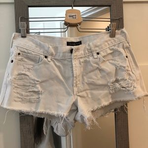 Abercrombie & Fitch  Distressed denim Shorts 28